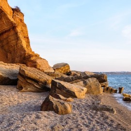 Пляж Любимовка в Севастополе — фото