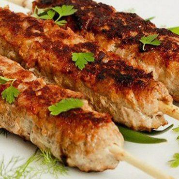 Как приготовить ароматный, сочный люля-кебаб?
