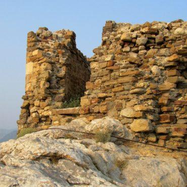 Легенда о Девичьей башне в Судакской крепости