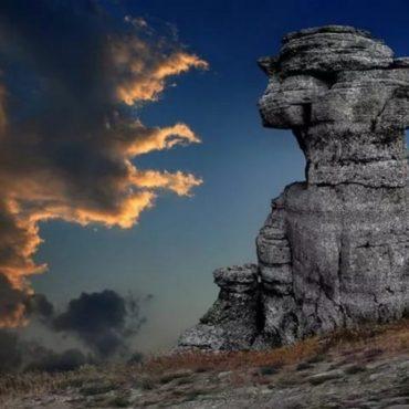 Экскурсия по Крыму — Каменные Идолы горы Демерджи и шедевры подземного царства