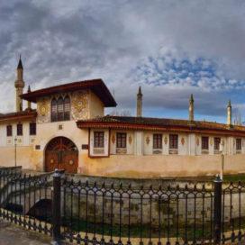 Экскурсия по Крыму — Восточная пряность полуострова город Бахчисарай